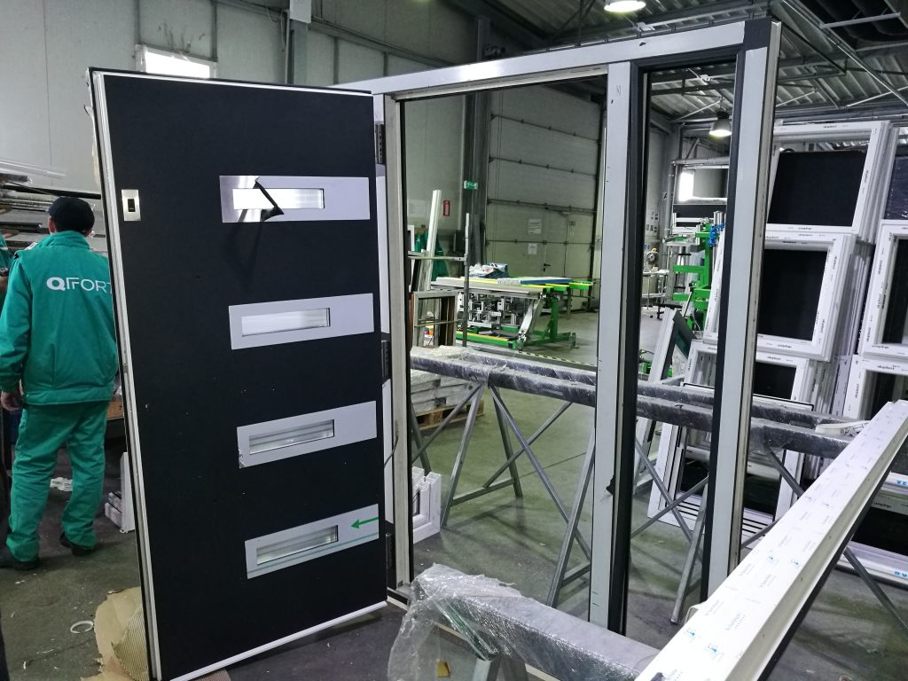 Kunststof kozijnen deur rechtstreeks uit de fabriek